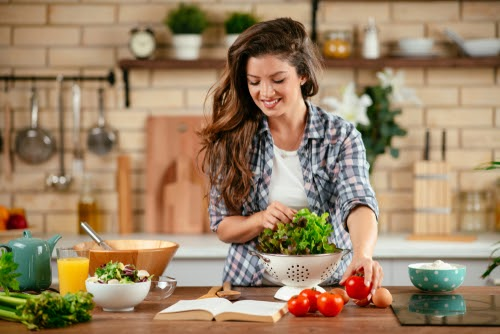 Eating healthy in Tennessee can help with vein health at any age.